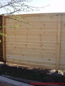 фото - заборы из дерева, изготовление деревянных заборов